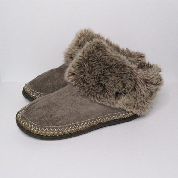 Isotoner Women Faux Fur Slippers, Brown